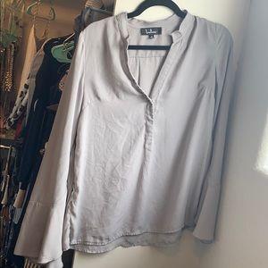 Lulu's flutter sleeve gray blouse